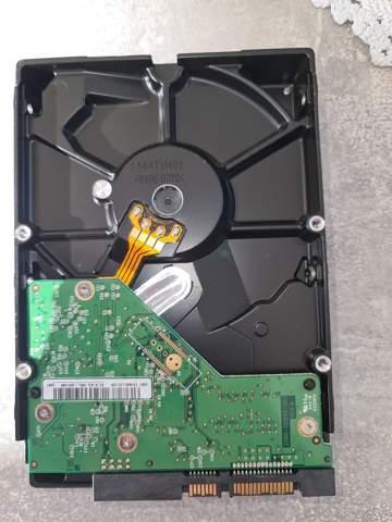 Alte Festplatte in neuen PC einbauen?