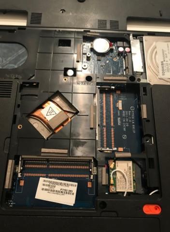- (Laptop, RAM, Arbeitsspeicher)